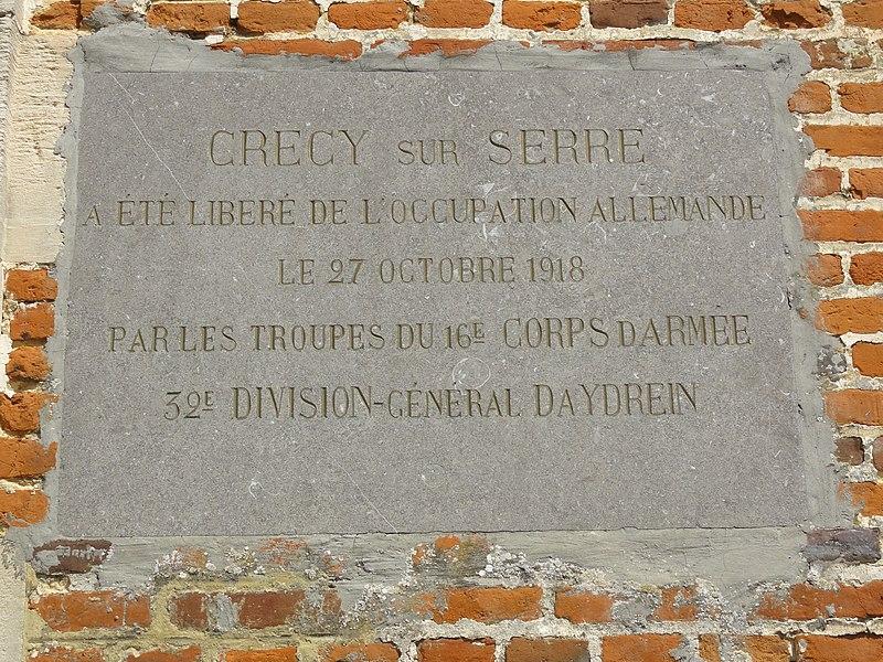 Crécy-sur-Serre (Aisne) plaque commémoration libération 1918