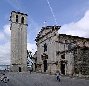 Pula Cathedral - Image: Croatia Pula Cathedral BW 2014 10 11 11 20 50