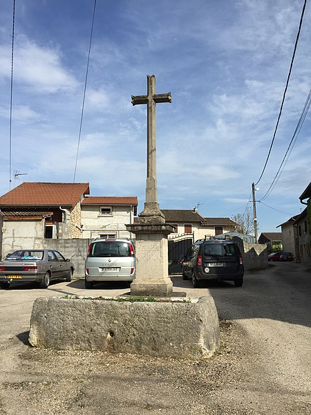 Croix à L'Hôpital - Chazey-sur-Ain.