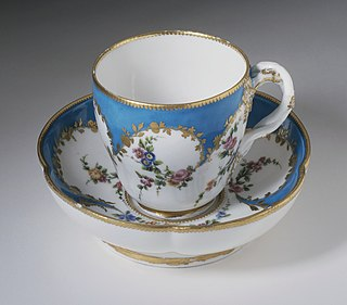 Saucer type of small dishware