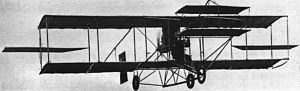 "Curtiss Model D - A ""headed"" Curtiss Model D (Curtiss photo 1916) pusher  later ""headless"" models incorporated elevators around the rudder in the tail (like most aircraft since)."