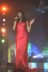 Foto van Dana International tijdens een optreden