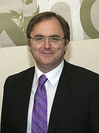 David Cairns (cropped).jpg