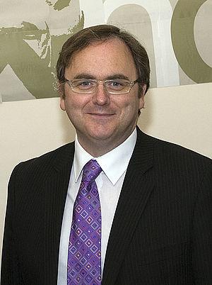 David Cairns (politician) - Image: David Cairns (cropped)