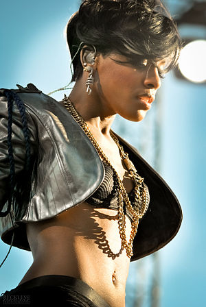 Dawn Richard - Dawn live on stage