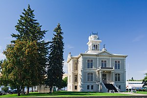 Columbia County, Washington - Columbia County courthouse