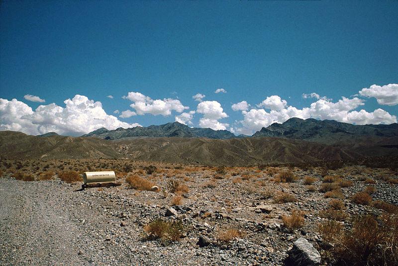 Death Valley,19820817,Desert,radiator water tank.jpg
