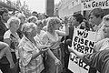 Demonstratie werknemers gemeentelijk schoonmaakbedrijf WSBZ tegen privatisering , Bestanddeelnr 934-2533.jpg