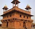 Diwan-e-khaas, Fatehpur Sikri, India. - panoramio.jpg