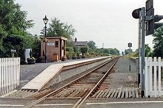 Dolau railway station - Image: Dolau station, 1992 geograph 3865369 by Ben Brooksbank