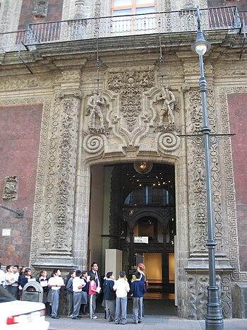 DoorwayPalaceIturbideDF