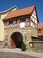 Dornheim Kirche Torhaus.JPG