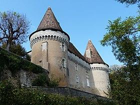 Le château de Mauriac vu du sud-est