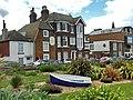 Eastbourne Sea Beach Hause - panoramio.jpg
