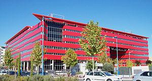 English: Façade of Arista Building in Rivas-Va...