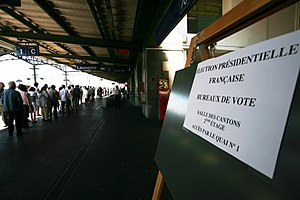 Expatriate - Expatriate French voters queue in Lausanne, Switzerland for the first round of the presidential election of 2007