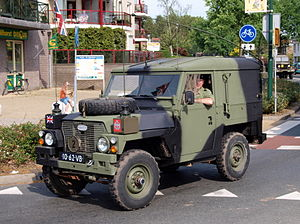 Bar grip - Later Land Rover military vehicle, showing the separate parallelogram blocks of the improved XCL tread pattern