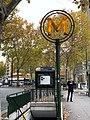 Entrée Station Métro Porte St Cloud Paris 8.jpg