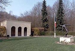 Cimetière militaire néerlandais d'Orry-la-Ville