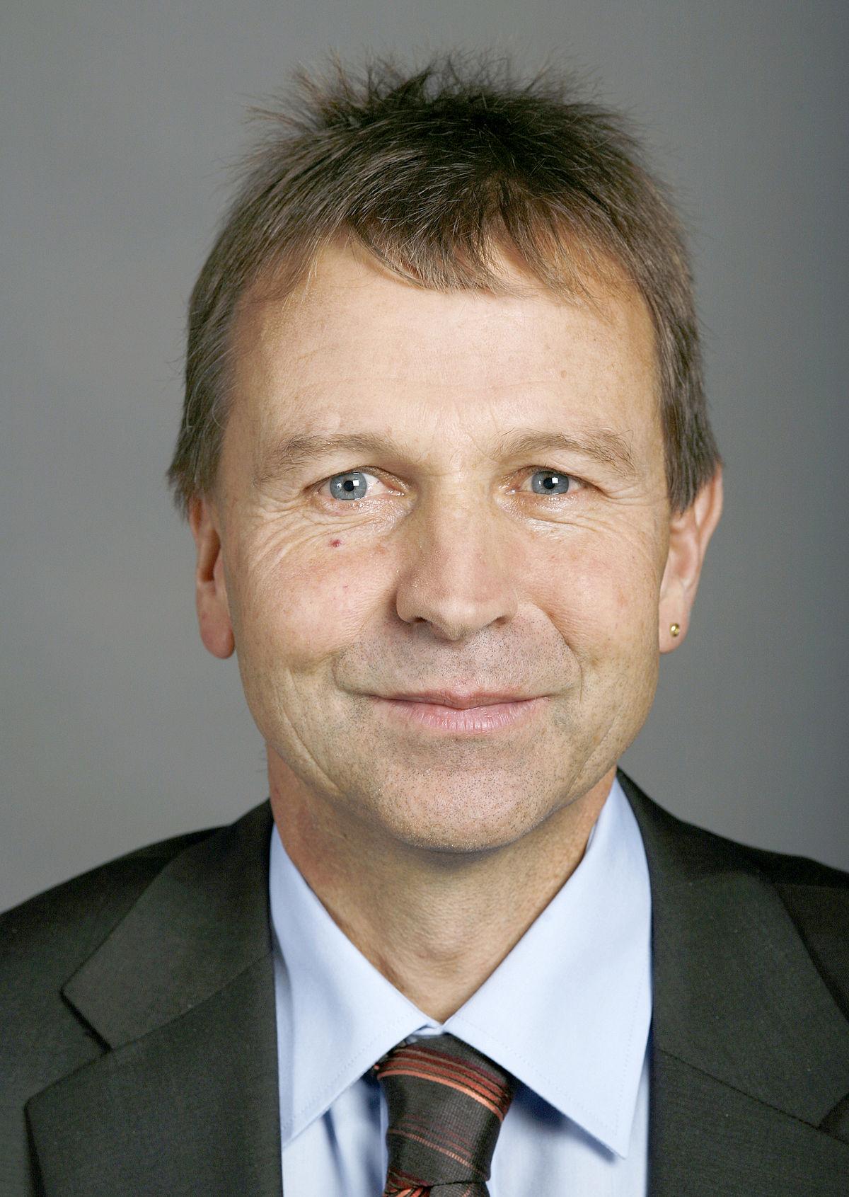 Erich Von Siebenthal — Wikipédia
