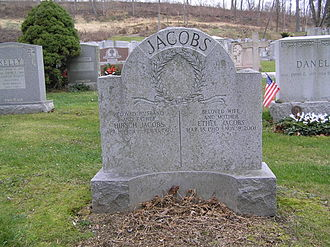 Hirsch Jacobs - The tombstone of Hirsch and Ethel Jacobs in Gate of Heaven Cemetery