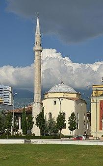 Ethem Bey mosque, Tirana (by Pudelek).jpg