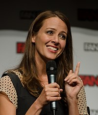 Fan Expo Canada 2015 - Pointer (21040909143) (cropped).jpg