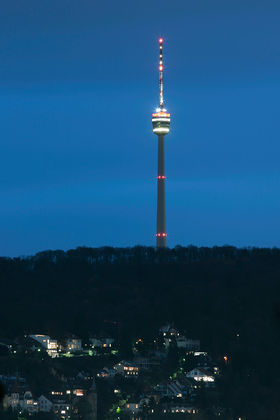 Fernsehturm-stuttgart by-night.jpg