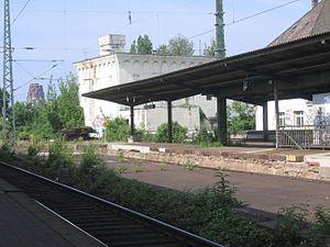 Frankfurt-Hanau Railway - Platforms at Frankfurt East stations; a World War II bunker is in the background