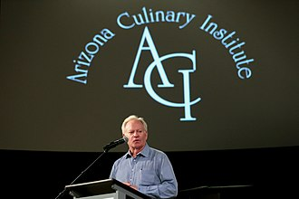 Fife Symington - Symington speaking at a graduation ceremony for the Arizona Culinary Institute in June 2017.