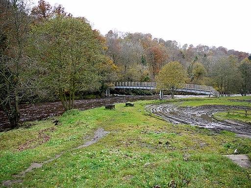 Footbridge at Plankey Mill - geograph.org.uk - 2145840