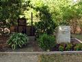 Gedenkstätte für die Opfer des Zweiten Weltkrieges aus Saspow (Cottbus).png