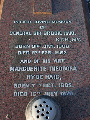 Brodie Haig - Image: Gen Sir Brodie Haig gravestone in Grouville, Jersey