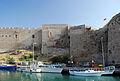 Girne Hafen unter der Festungsmauer.jpg