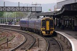 Gloucester railway station MMB 45 158955.jpg