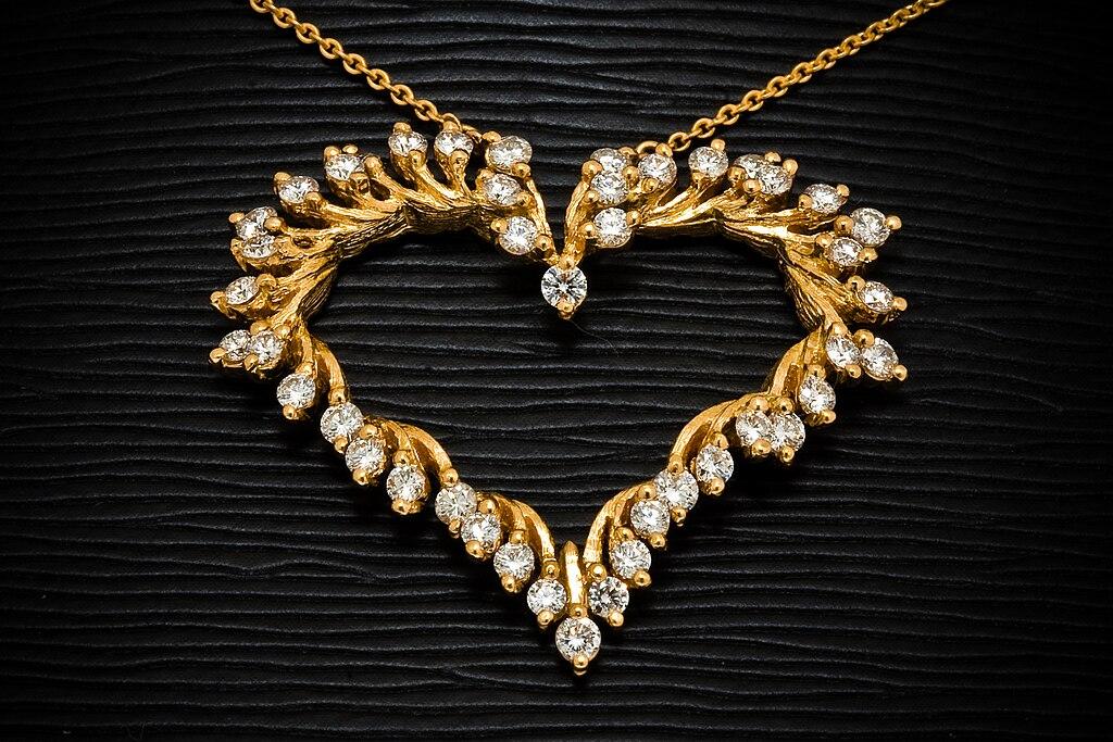 File Gold jewellery jewel henry designs terabass Wikimedia