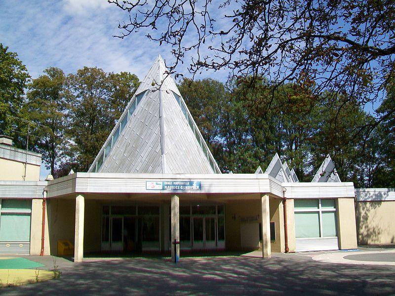 L'école maternelle Maurice Genevoix, parc d'Orgemont.