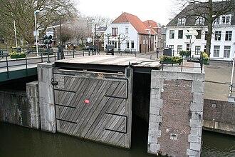 Sluice - The Korenbrugsluice in Gorinchem is a Fan sluice