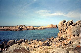 Guernsey - Guernsey coastal rocks
