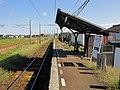 Hama-kazumi-station platform 2018.jpg