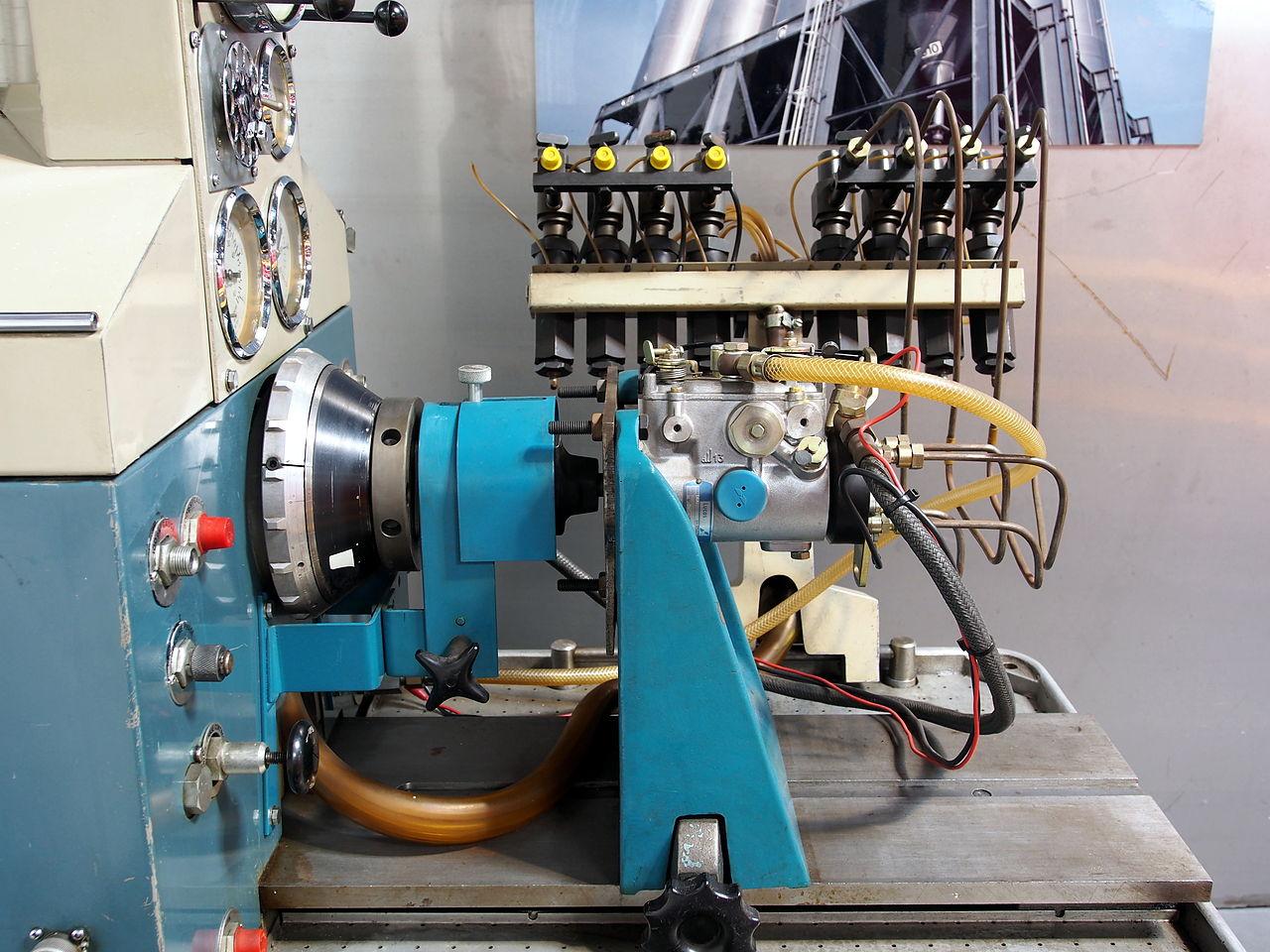 File Hartridge 800 Fuel Pump Test Stand  Pic4 Jpg