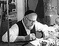 Hasidic Jewish artist Roger David, 2016.jpg