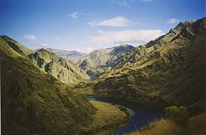 Hells Canyon - Snake River winding through Hells Canyon