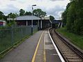 Hinchley Wood stn northbound look south2.JPG