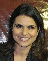 Hortolândia 2013-10-19 - Primeira festa do Migrante em Hortolândia - Cantora Gospel Aline Barros (7) (10576982324).jpg