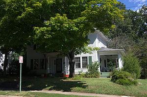 Kenworth Historic District - House in Kenworth Historic District, September 2012