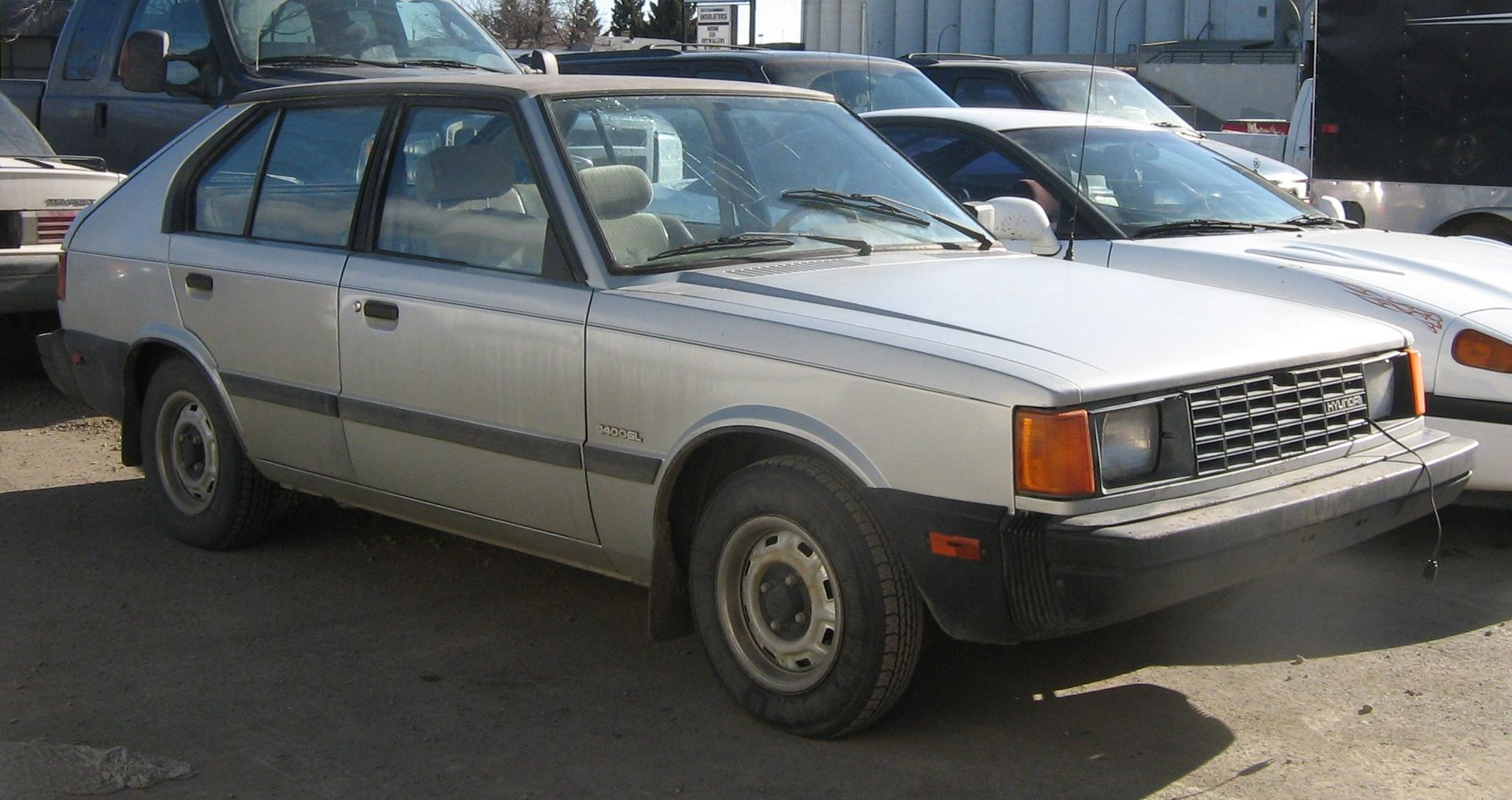 Hyundai Pony 2
