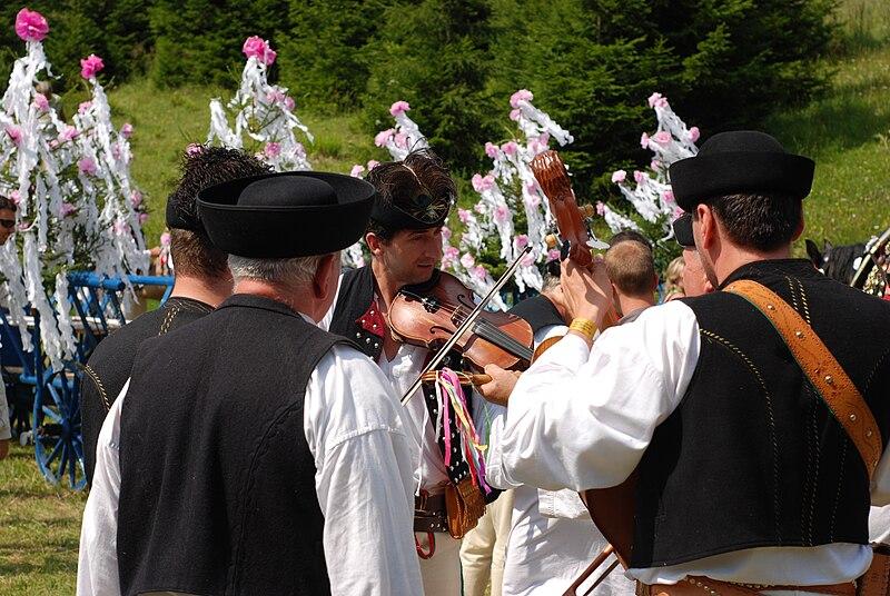 File:Jánošíkove dni 2.jpg
