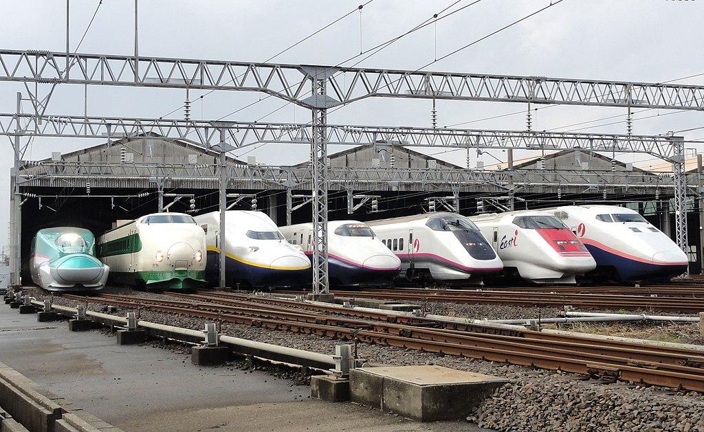 Японские ЖД - сплав скорости, пунктуальности и комфорта и 15 лет ЖД трагедии в Амагасаки...