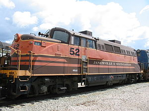 Janesville & Southeastern BL2, at NRM, Green Bay, 20040426.jpg